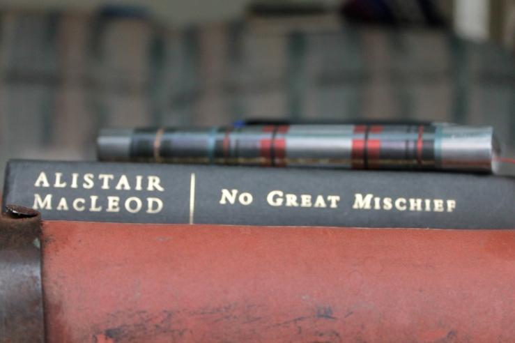 No Great Mischief - Alistair MacLeod (W.W.Norton & Co, 2000)