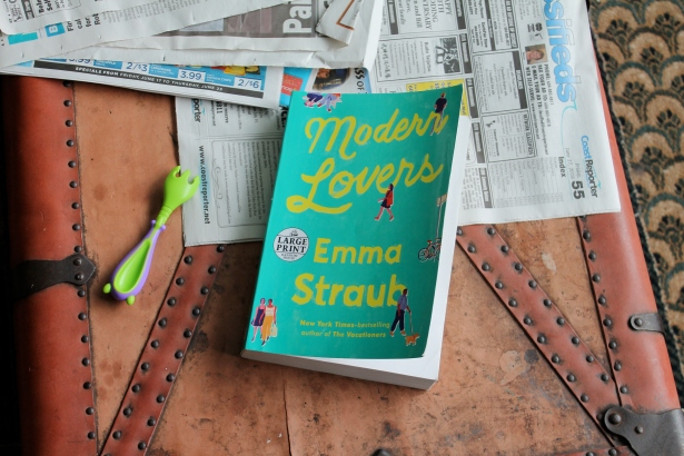 Modern Lovers - Emma Straub (Random House, 2016)