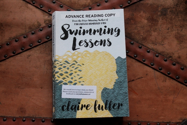 Swimming Lessons - Claire Fuller (House of Anansi Press, 2017)